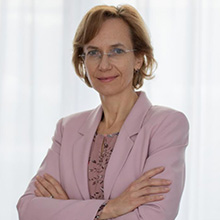 Mag. Darinka Kamenšek